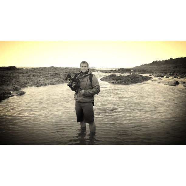New location for the books. Tested the gear out in high ocean humidity at Higgins Beach today. Liking the L Glass and Mark 3 weather sealing. #scottbarberfilm