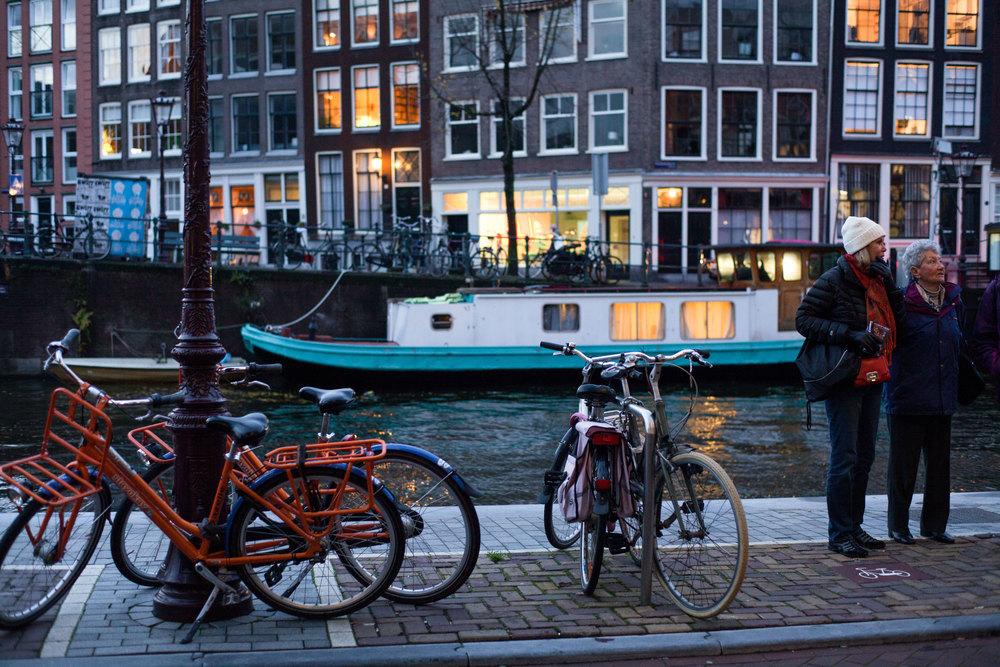 boatbuildingsbikeswomen-2.jpg