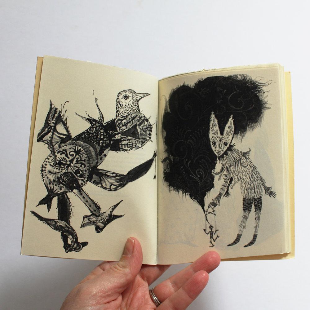 01_books_02.jpg