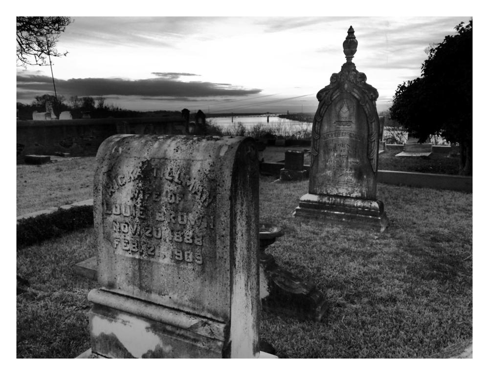 Cemetery3.jpg
