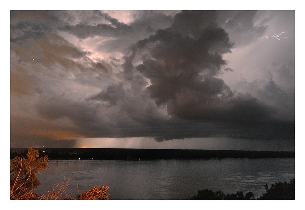 RIver_lightning.jpg