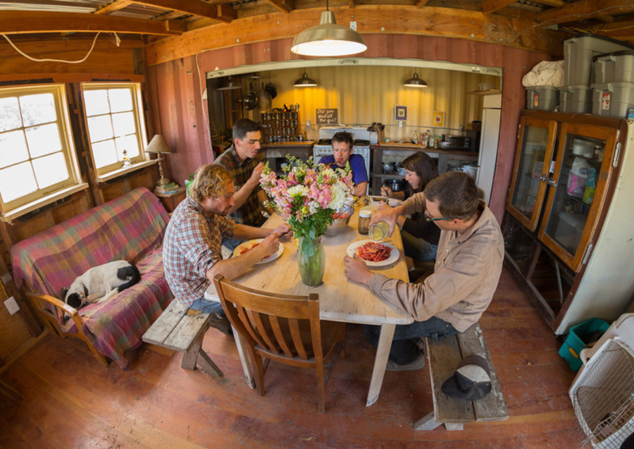 Lunchtime at Fifth Crow Farm. Photo by: Jonathan Fong.