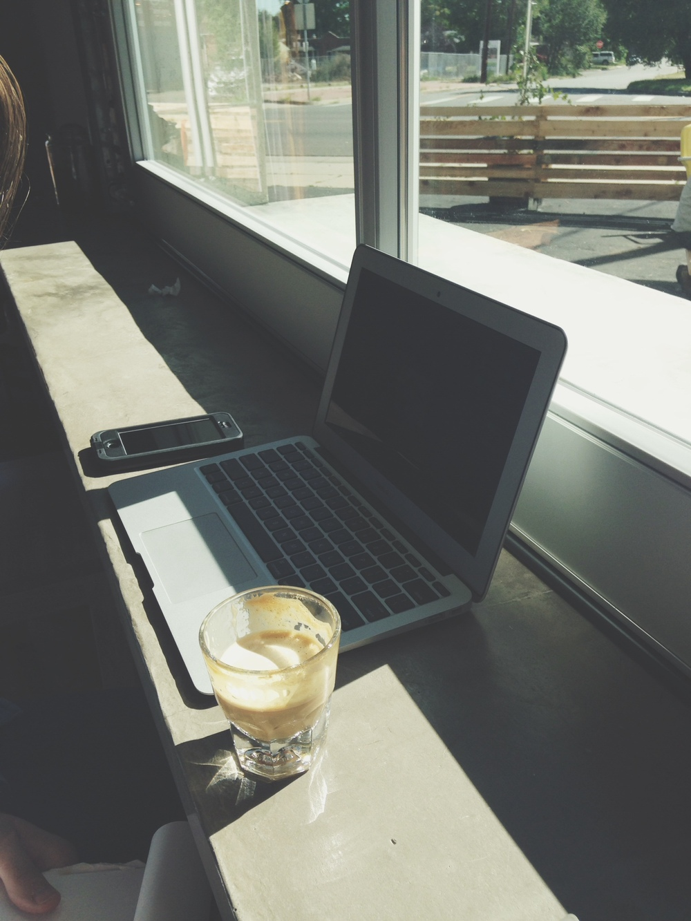 The garage door makes for a great spot to send emails, blog or whatever!