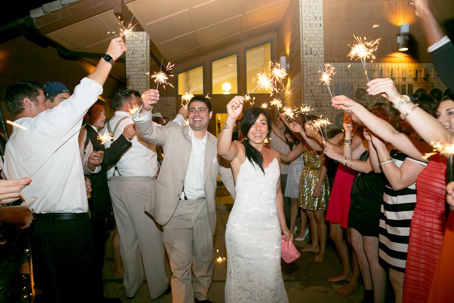 Kerri_Marco_Colorado_Wedding_16.jpg