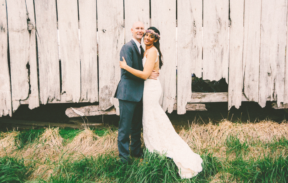 Katie_Joe_Country_Missouri_Farm_Wedding_11.png