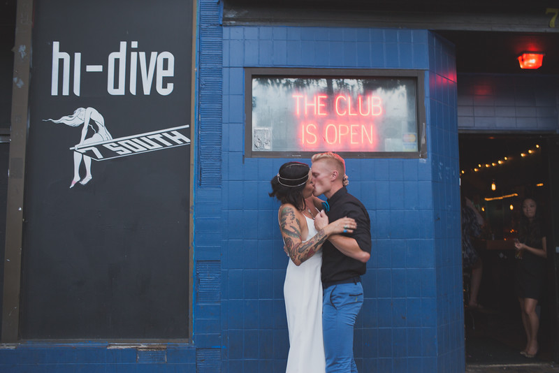 Hi-Dive-Wedding-0194-L.jpg