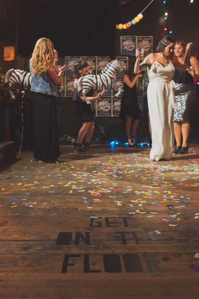 Hi-Dive-Wedding-0279-L.jpg