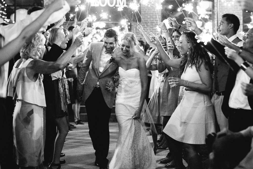 Wedding883-min.jpg
