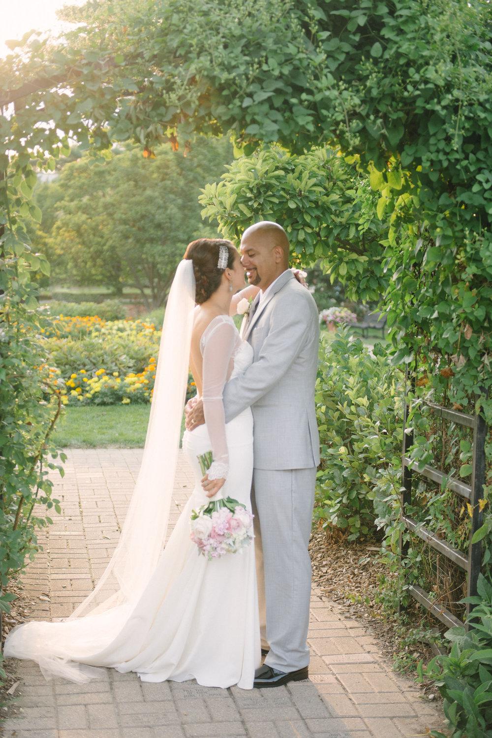Rebecca-Manuel-Wedding-930.jpg