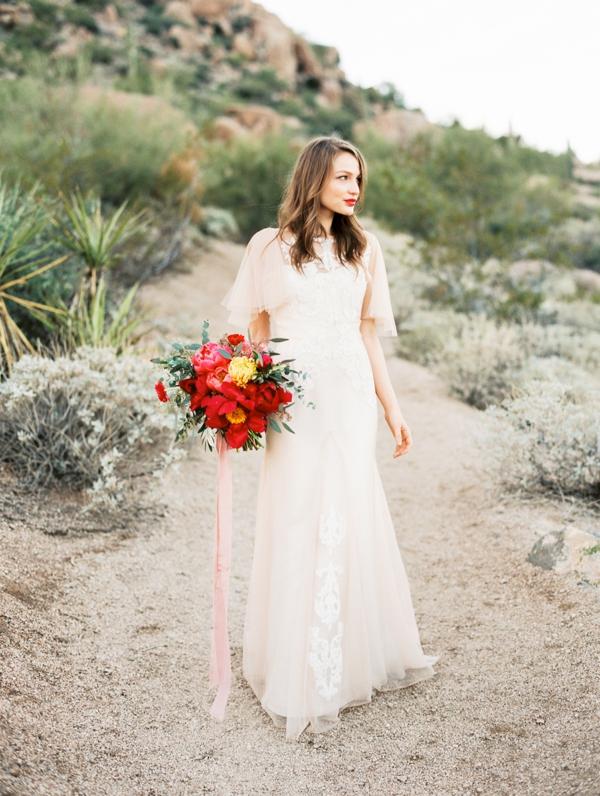 C00714-AZ-Desert-Bridal-Editorial-024-1.jpg
