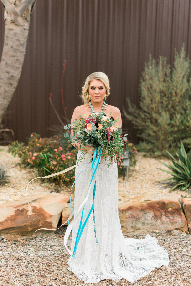 Romantic-Arizona-Inspired-Wedding-Ideas-7.jpg