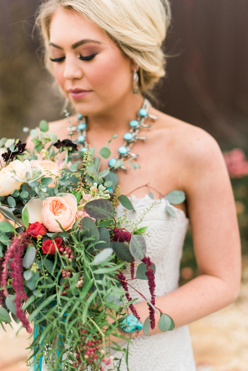 Romantic-Arizona-Inspired-Wedding-Ideas-8.jpg