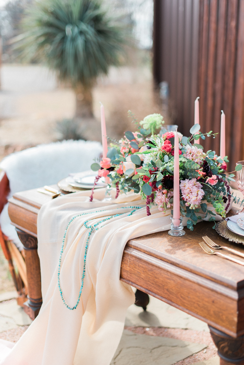 Romantic-Arizona-Inspired-Wedding-Ideas-18.jpg