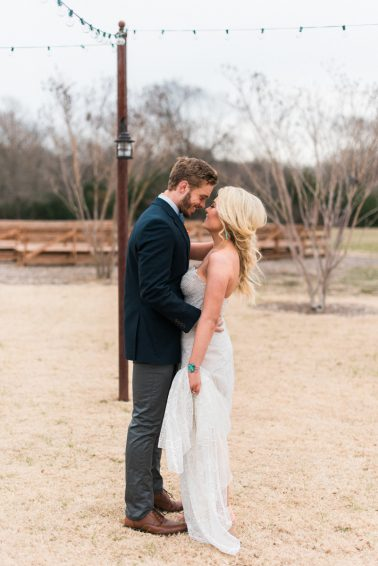 Romantic-Arizona-Inspired-Wedding-Ideas-41-378x566.jpg
