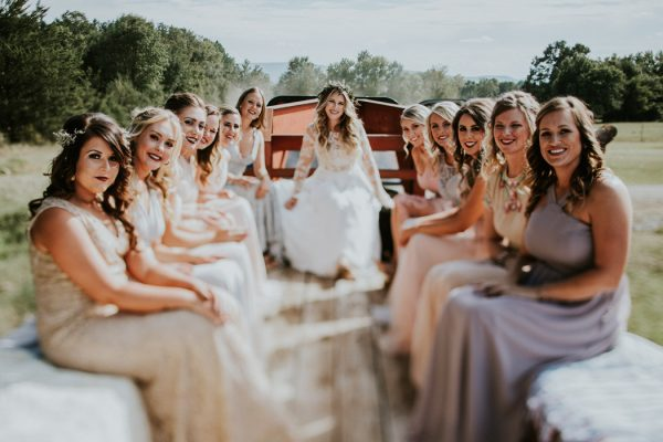rustic-bohemian-ranch-wedding-in-oklahoma-27-600x400.jpg