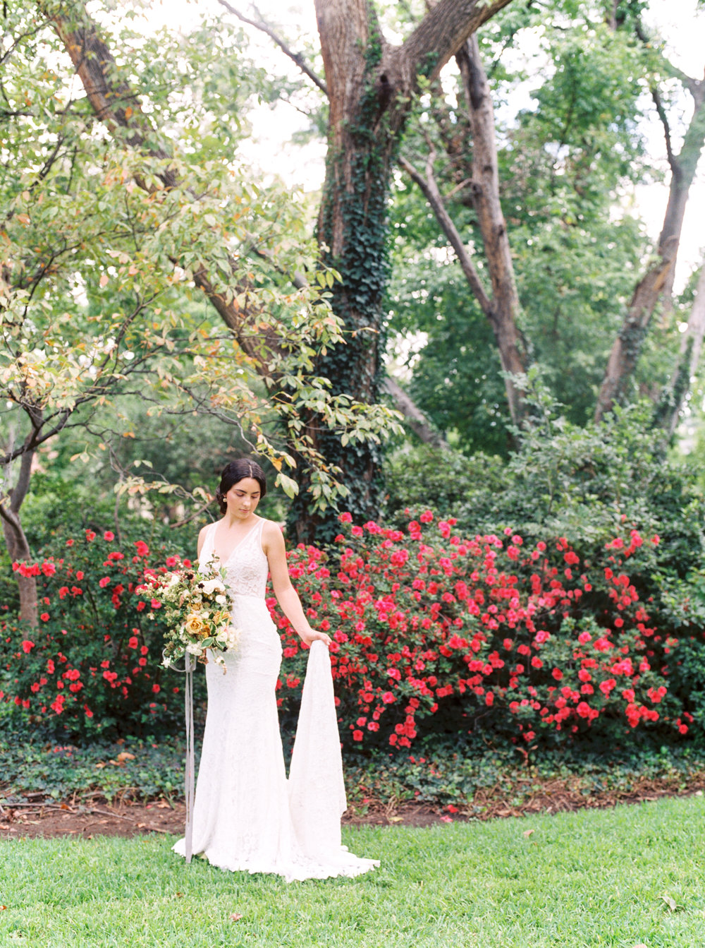 Callie Manion Photography_Garden Wedding Inspiration_061.jpg