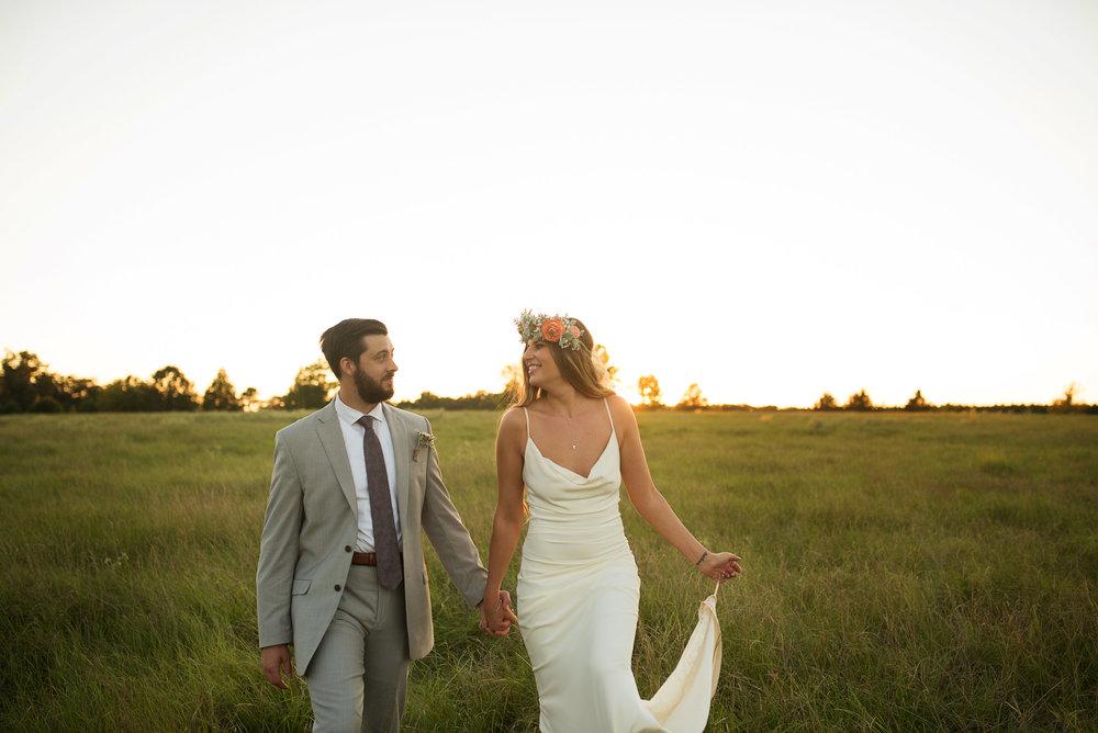 real wedding alexandra brandon bohemian farm wedding