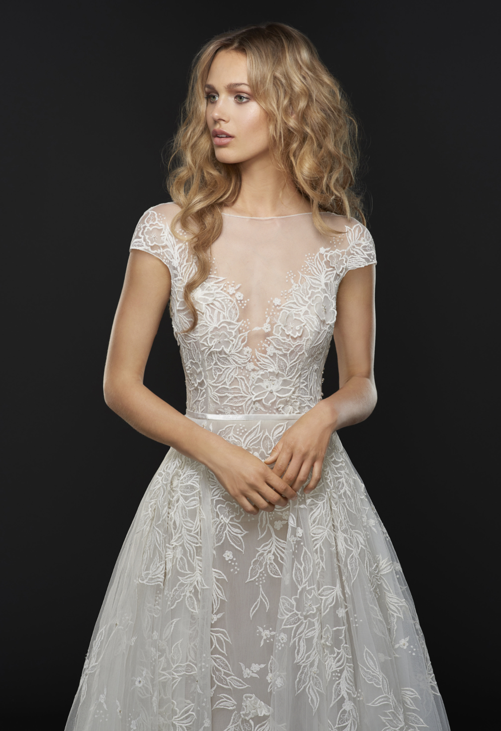 - Hayley Paige 'Vaughn' Wedding Dress
