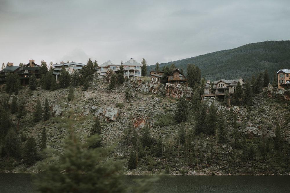 MountainStyledShoot-1.jpg