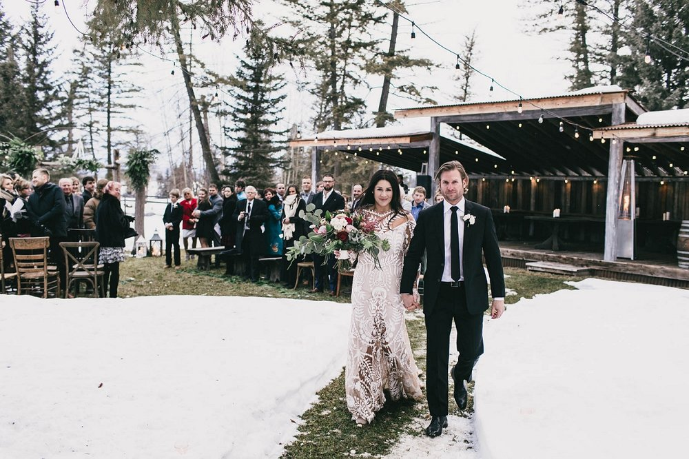Jennifer_Mooney_Photography_Montana_45_Elegant_Winter_Wedding__037.jpg