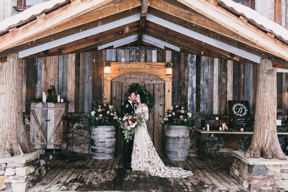 Jennifer_Mooney_Photo_Many_Glacier_National_Park_Elopement_Wedding_139.jpg