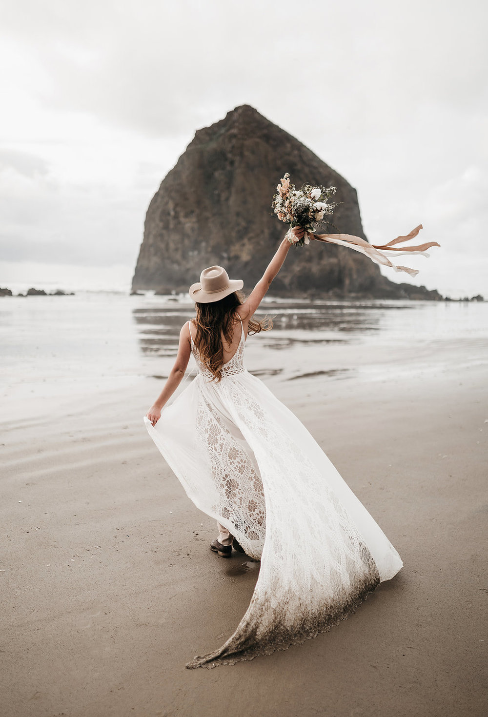 2018_April12-canon-beach-bridals-2-edited.jpg