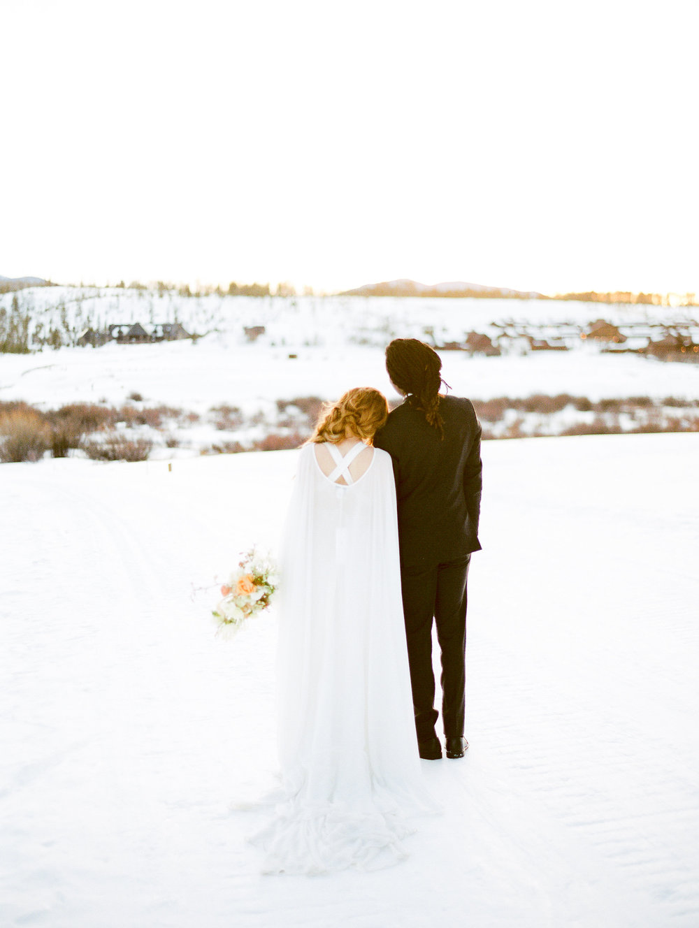 Dani-Cowan-Photography-Devils-Thumb-Ranch-Winter-Luxury-Wedding157.jpg