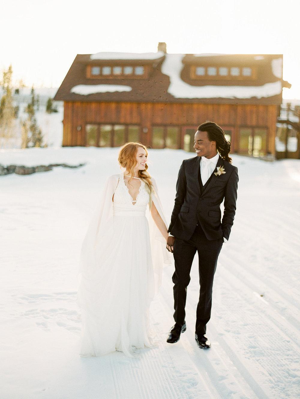 Dani-Cowan-Photography-Devils-Thumb-Ranch-Winter-Luxury-Wedding180.jpg