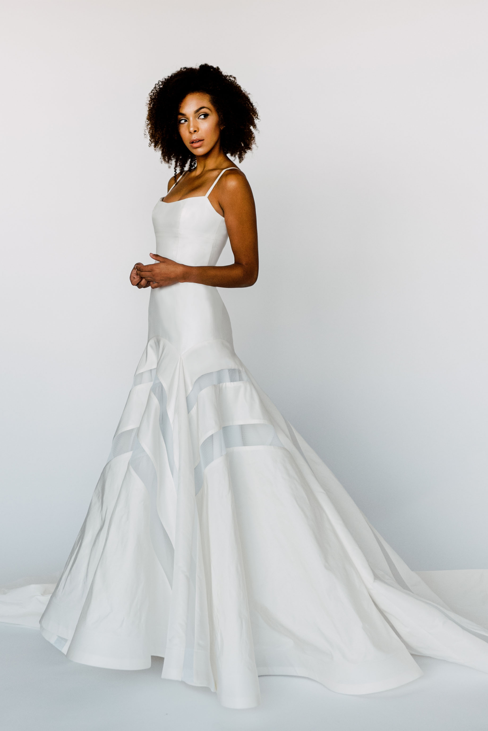 9178c3e471e Wedding Dresses 2017 Sample Sale - Gomes Weine AG