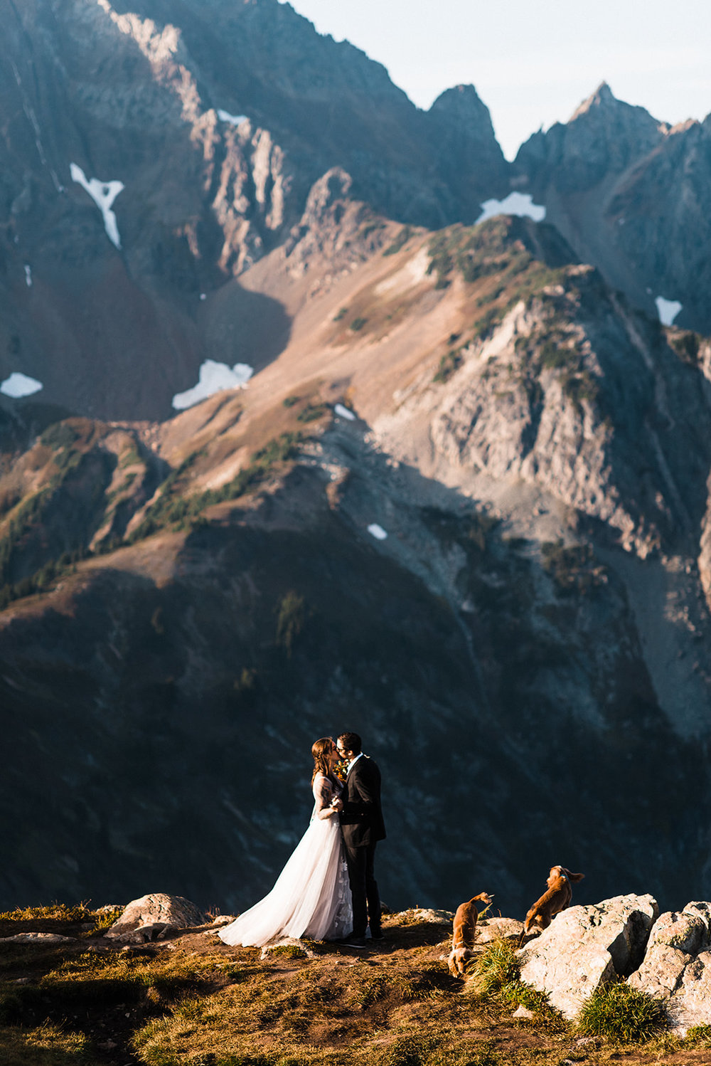 Thea_Lucas_North_Cascades_Elopement_The_Foxes_Photography_036-2.jpg