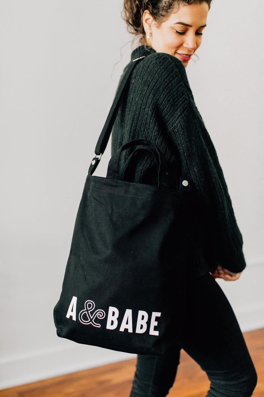 Meet the tote for all of your things. We didn't skimp on quality either so feel free to get pumped about this canvas tote situation.