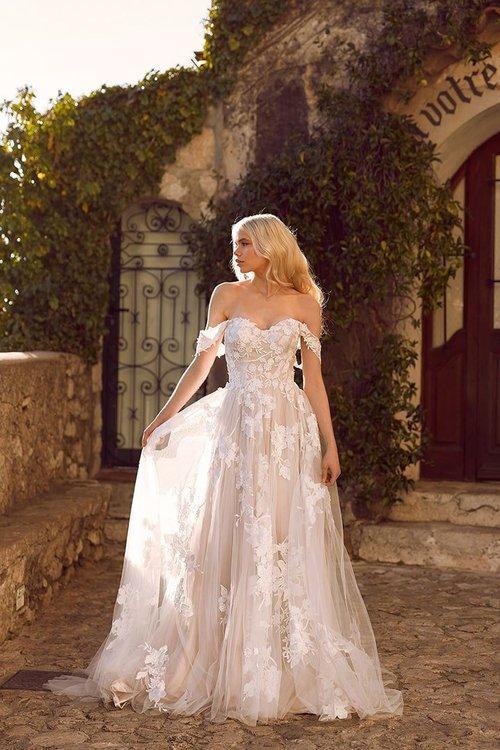 Dallas Tx Fort Worth Tx Bridal Shop Near Me A Be Bridal Shop
