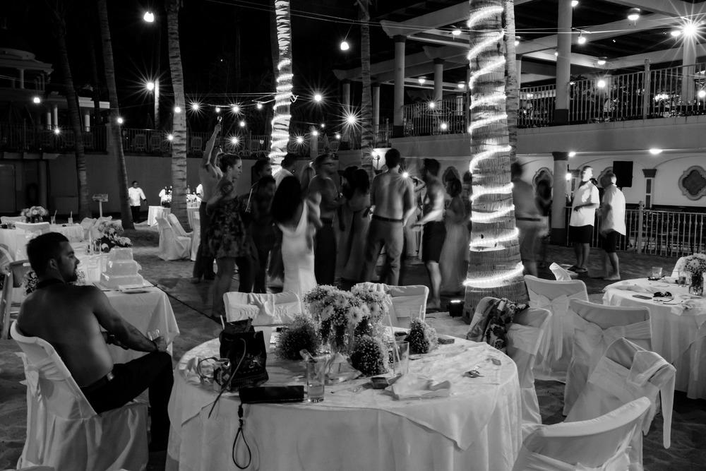 Teya_Devon_Night_Mexico_Oct15_PLP-130.jpg