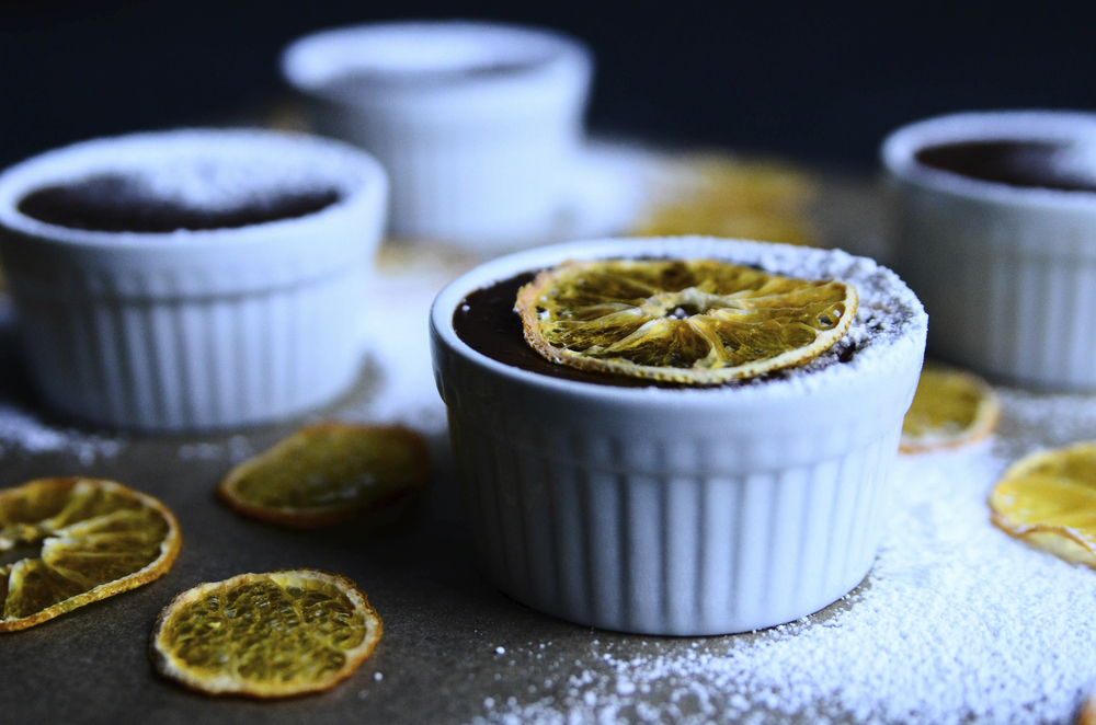 Orange Cacao Pots de Creme + Dehydrated Clementine Slices