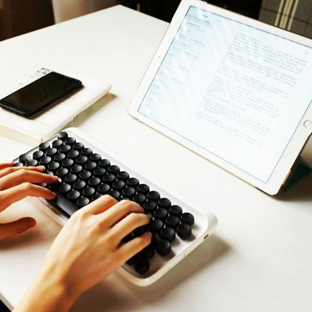 Got our eye on one of these typewriter-style wireless keyboard from lofree.co #retro #oldschool #design