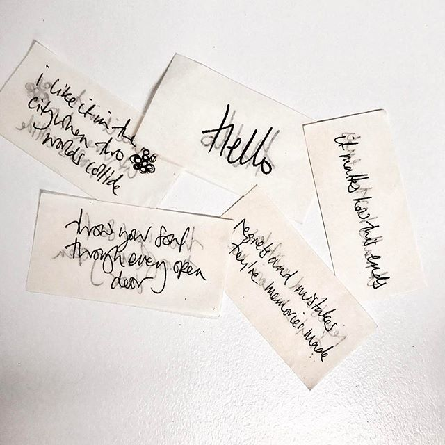 Genuis personal branding from reigning musical queen Adele. Concert confetti complete with handwritten lyrics - millions of personalized gifts.  #branding #adele #PR #handwriting #lyrics