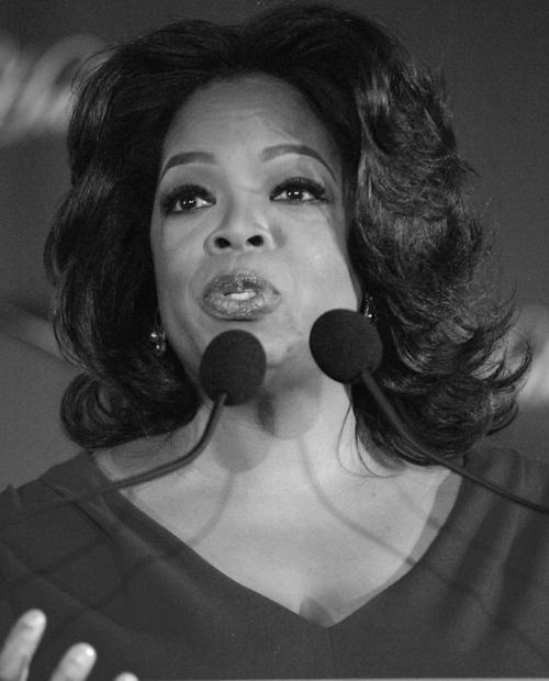 Oprah-bw.jpg