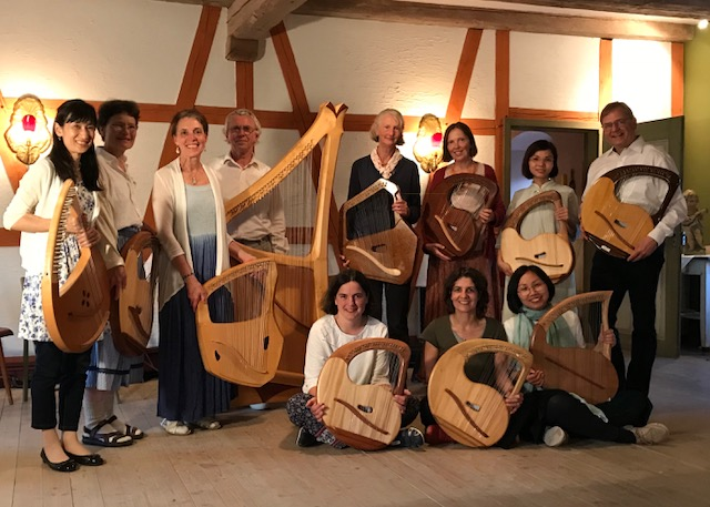 Participants of the First International Summer Lyre Academy with master lyre teachers, Martin Tobiassen and Christian Giersch