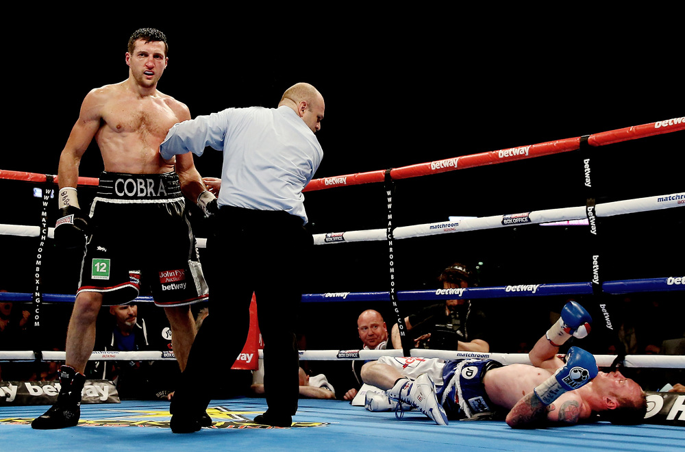 In May we saw the rematch between Carl Froch and George Groves after their controversial bout the year beforeended in a premature stoppage in favour of the Champion.  This time round Eddie Hearn and Matchroom pulled out all the stops and held the long awaited fightat Wembley Stadium, the first time a World Title fight had been held in the new arena.  It got the end it deserved with a stunning right hook from Froch flooring Groves and ending all the talk of how Groves should've been allowed to continue when the two met in Nottingham the first time round.  Although the actual punch didn't work from my ringside position, this shot of Groves with his leg buckled under him and his concerned corner looking on was enough to tell the story of how Froch ended it in style.