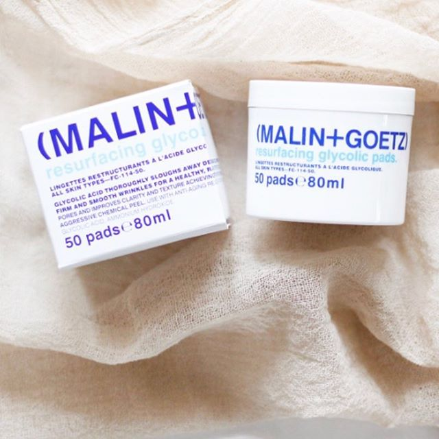 """Pick up your @malinandgoetz Resurfacing Glycolic Pads at @ritualbodywork !  Glycolic acid helps to smooth, brighten, minimize breakouts and has great Anti-Aging Benefits.  These pads can be used 1-3 times a week. Super easy for those on the go!  This product preps skin for our """"Skin Eclipse Enzyme or Chemical Peel"""" service.  #treatyourskin #ritualbodywork #900dekalbave #atlspa #atlfacials #atlpeels #atlwaxing #atlbeauty #atlbeautician #atlesthetician #atllashes #malinandgoetz #glycolicacid #glycolicpeel"""