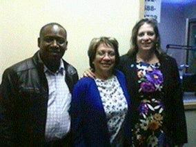 Leyner Palacios (L), Aida Avella (C), Gimena Sanchez-Garzoli (R)