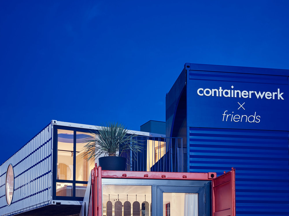 CONTAINERWERK  >THE FUTURE IS LIVING IN A CUBE<