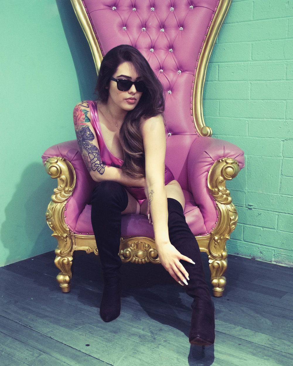 AXC Art of Ice Cream/spanish barbie chair
