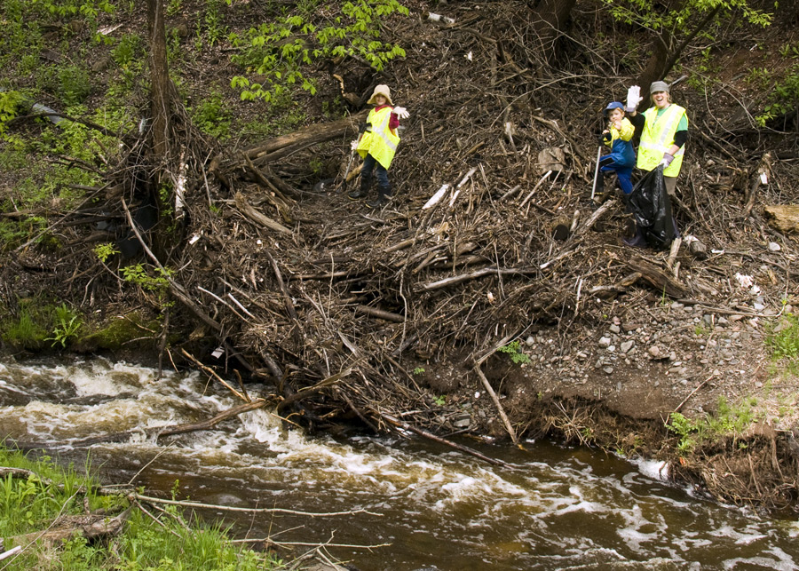 2014_06_01-012ps-Keene-Creek-Cleanup.jpg