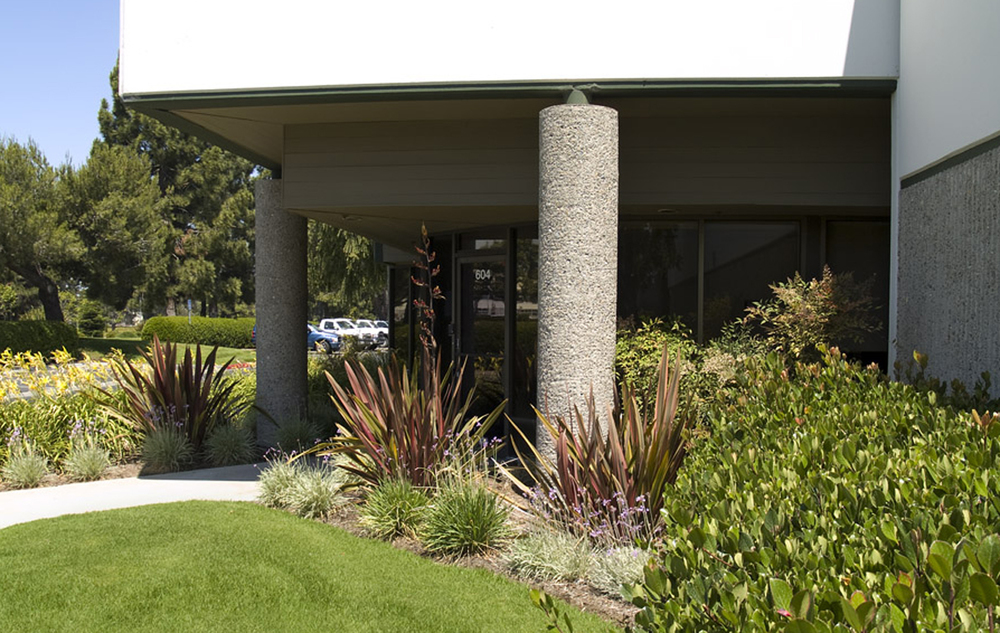 Pacifica Real Estate Company hired Enviroscaping to manage the replanting of this large commercial property, Skyway Industrial Park in Santa Maria. Shown here is just one of the many commercial office spaces maintained by a full-time Enviroscaping gardener.