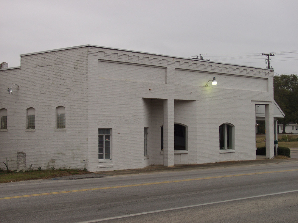 Langford/Wilson Community Store built in 1914.  Photo by Jim McLean