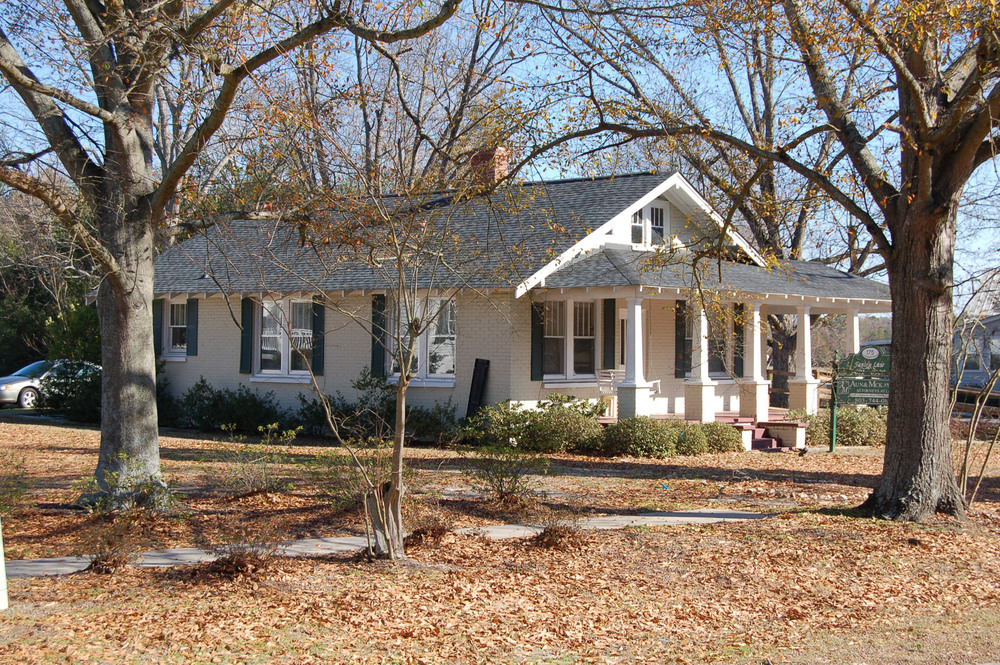 Historical buildings blythewood history for 1925 house styles