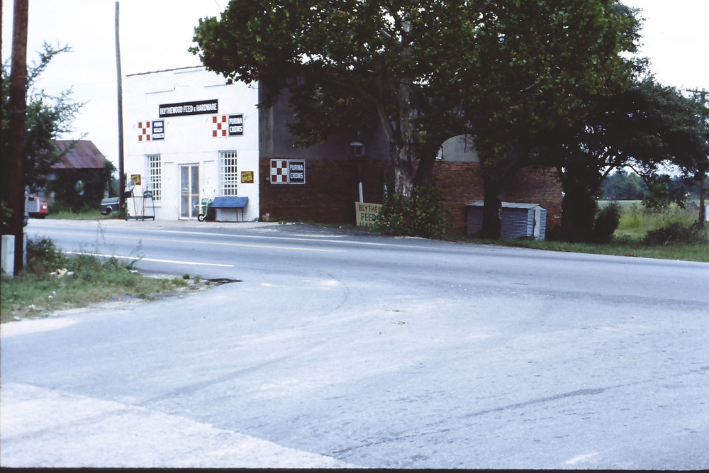 Rimer's Hardware located on Main Street across from Langford/Nord House.  Photo taken by Hudnalle McLean Sr. about 1970.