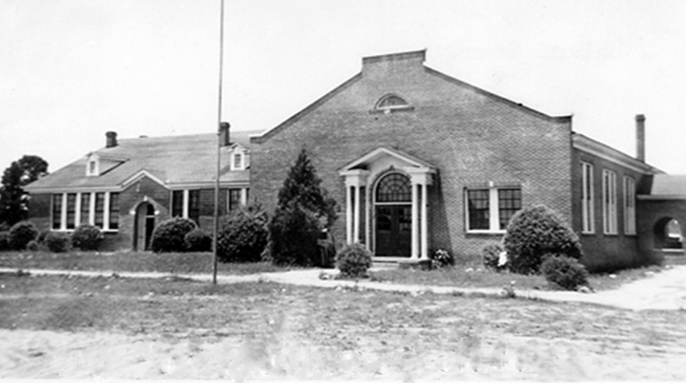 Blythewood School Auditorium about 1932.  Photo courtesy of SC Department of Archives and History.