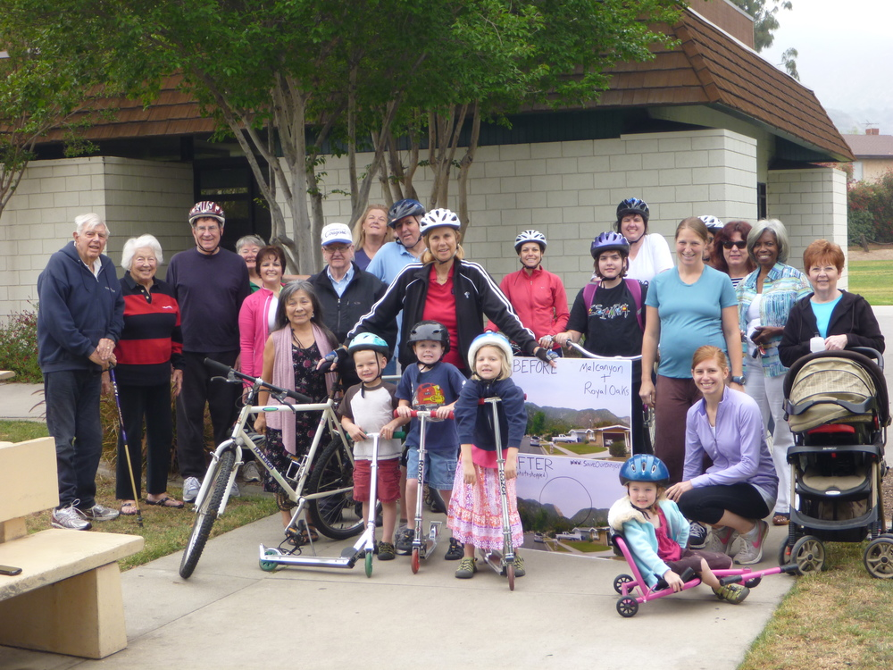 Mayor Margaret Finlay with citizens of Duarte at Bike with the Mayor event.